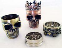 HOT Grinder Metal King Skull Metallo Tobacco Herb Grinder Skull Grinder 3-Part Spice Crusher Hand Muller Magnetico con Sifter