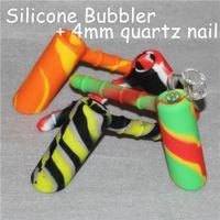 Nuevo diseño de martillo burbujeador portátil Tubos de agua de silicona para fumar Hierba seca Percoctable irrompible Bong concentrado para fumar + cuarzo nai