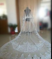 Image réelle Deux couches Voile de mariée Longueur cathédrale cathédrale Voile de mariage avec dentelle Applique Blanc ou Ivoire Cristal Voiles Vente Chaude