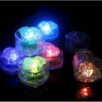 المياه الغاطسة مكعبات الثلج LED الخوخ الملونة على شكل قلب الصمام أضواء الاستشعار السائل تغيير الصمام ليلة الأنوار حزب اللوازم زينة