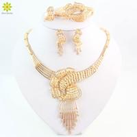2015 nuovi insiemi dei monili di cerimonia nuziale delle donne per gli accessori nuziali di cristallo placcati oro del partito orecchini africani degli orecchini della collana dei branelli impostati