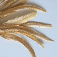 Ücretsiz kargo 100 adet / grup için 12-14 inç altın MAVI horoz Tüy Gevşek parti dekor kostüm dekor