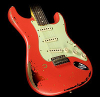 カスタムショップの手作りのマイケルLandauの署名1963重いレリックなSt Electric Guitar fiesta赤3色のサンバーストアルダーのボディメープルネック