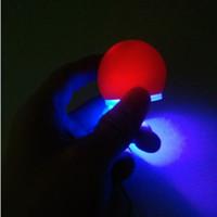 Illuminez Nez de clown mignon LED Nez rouge Nez magique pour Halloween Party Cosplay Décoration Accessoire ZA5545