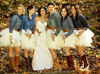 Buiten bruiloft witte tutu bruidsmeisje jurken goedkope korte mini lengte op maat gemaakte bruidsmeisje jurken tule rok voor bruidsmeisje