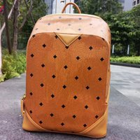 2018 Top brand new arrival Fashion punk rivet backpack schoo...