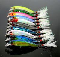 10 stücke von Minow Topwater Fischköder mit Feder Bionic Plastic Künstliche Hardköder Wobbler Harte Pesca Angelgerät Haken