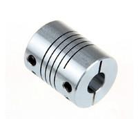 Nuevas aleaciones de aluminio Tipo de sujeción Acoplamiento elástico de rosca para el servo y el tamaño del motor paso a paso D = 20 L = 25 D1 = 5 mm D2 = 8 mm