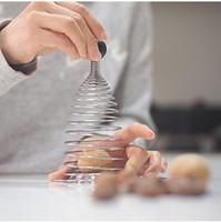스테인레스 스틸 스프링 열린 호두 호두 호두 껍질이 깨진 유물 스매싱 너트 열린 폴더 호두 창조적 인 도구입니다