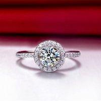 Oryginalny 925 Silver Prestiżowy Pierścień 1CT NSCD Symulowane Diamentowe Pierścienie Zaręczynowe Dla Kobiet Marka Biżuteria 18K Białe Pozłacane