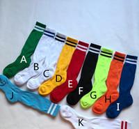 Moda Novas Crianças Meias Esportivas de Futebol Meias Crianças Moda Macio Algodão Stripe Boys Futebol Long Socks Transporte rápido