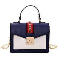 7bbe05358456d Luxus Handtaschen Frauen Taschen Designer Frauen Mode Hit Farbe Berühmte  Marken Neue Handtasche Trendy Tragetaschen Wild Umhängetaschen Messenger Bag