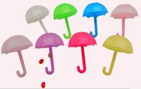 Förderung 60 teile / los DIA6.7 * H5.3cm Boutique Multicolor Mini Regenschirm Hochzeit Geschenke Pralinenschachtel Fall Kleinigkeiten Schmuck Paket Box