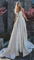 Stunning Into a piece of Lace Wedding Dresses A line Sleever...