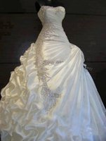Bling Sweetheart Ruffles Beading Crystal Ball Gown Wedding D...