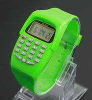 Arbeiten Sie kreative Digitaluhr für Geschenk 2018 beiläufige Silikonuhren für 5-10 Jungen-Mädchen-Multifunktionsrechner-elektronische Armbanduhr Kinder um