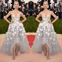 Paolo Sebastian 2020 una línea vestidos de noche de la celebridad cuello en V 3D Floral Apliques Alto Bajo Plata Tul Vestidos para ocasiones formales de baile especiales