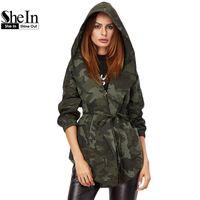 Atacado-Jacket Mulheres Shein Primavera Casual Casacos Womens Olive Camo verde Imprimir com capuz gola Enrole Belted Jacket