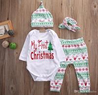 2017 Yenidoğan Noel 4 ADET Kıyafetler Bebek Geyik geyik kar tanesi Sonbahar Kış Giysileri Romper Pantolon şapka bandı Pijama 0-2years