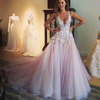 Designer Blush Robes De Mariée Arabe Dubaï Tulle Robe De Mariée En Dentelle Blanche Applique Robe De Mariée Col En V Profond Jupes À Volants vestido de Novia