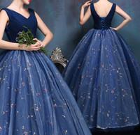 Exquisite Vestidos De Baile Com Decote Em V Sem Mangas Com Applique Ruffle Vestidos De Noite De Volta Lace-up Andar De Comprimento Custom Made Vestidos De Noiva Barato