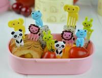10 pçs / set Animal Farm mini dos desenhos animados fruta garfo sinal resina fruta palito bento almoço para crianças sinal de plástico decorativo