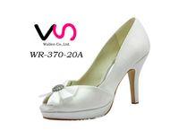 29e9f3991ea117 Free shipping 2016 Luxury Blue Black Crystals Diamond Wedding shoes high-heeled  bridal shoes waterproof nightclub High Heels Blingbling pump