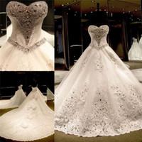 Robes de mariée Chine Livraison Gratuite Décolleté Décolleté Appliques Perle Cathédrale Train de Mariage Cathédrale