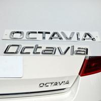3d سيارة فضية صائق لسكودا اوكتافيا شارة شعار abs كروم شعار السيارات الخلفي الجذع ملصقا