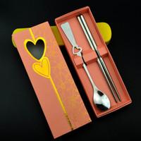 Бесплатная доставка, свадебные сувениры подарки из нержавеющей стали ложка и палочки для еды набор с подарочной упаковке