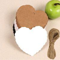 1000 adet / takım Boş Kalp Şekli Craft Kağıt Asmak Etiketi Düğün Etiket Fiyat Hediye Kartları Dekorasyon Yer İmi + Dize