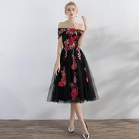Épaule De Thé-Longueur Gris Robes De Bal Rouge Broderie À La Mode Robes De Bal A-Ligne Pas Cher Robes De Soirée De Soirée robe robe