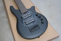 カスタムショップボンゴミュージックマン6文字列ベースエリムボールスティンディレイマットブラックエレクトリックベースギター9VバッテリーHHアクティブワイヤー、ブラックハードウェア