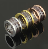 Mode Brown Ceramic Whorl Rings, Or Jaune / Or Rose / Argent Métal Couleurs Titane Acier Inoxydable Femmes / Mens Wedding Alliance Bijoux