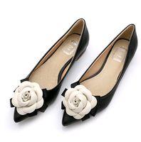 Printemps chauve douce chaussures de marque style femme chaussures casual chaussures camélia fleurs couleurs mixtes bouche peu profonde bouche pointu pieds chaussures de la femme unique