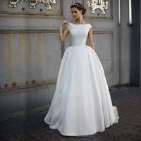 Um pescoço elevado de linha sem decoração fosco cetim simples vestido de noiva varrer trem elegante destino vestido nupcial vestidos de de