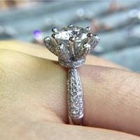 Victoria Wieck Marque Desgin Bijoux De Luxe En Argent Sterling 925 Rose Or Rond Coupe Topaze Blanche CZ Diamant Femmes Mariage Lotus Anneau De Fleur