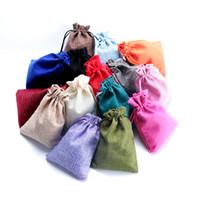 Atacado Multi Cores Mini Bolsa de Juta Saco de Linho Pequenos Sacos de Cordão Anel Colar de Jóias Bolsas de Casamento Favores Do Presente Embalagem