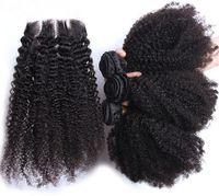 Brezilyalı Saç Demetleri Ile 4 * 4 Üst Kapatma Doğal Renk İnsan saç Afro Kinky Kıvırcık 3 Adet İnsan Saç Dantel Kapatma Ile 4 Adet / grup