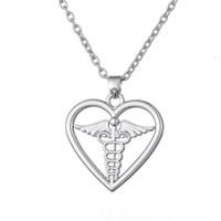 Frete grátis Medical Symbol Caduceus no Coração Pingente de Colar para o Médico E Enfermeira vestido de festa jóias