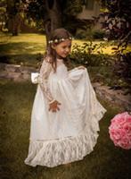 Vintage Princesse Une Ligne Dentelle Fleur Fille Robe Sheer Jewel Neck À Manches Longues Mignon De Longueur De Plancher Arrière Arc Pas Cher Vente Chaude De Noël Robe