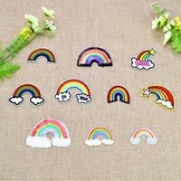 10 PCS / Set Multicolor Rainbow Parches bordados para la ropa Hierro en el parche de apliques de transferencia para bolsas Jeans DIY coser en Etiqueta engomada del bordado