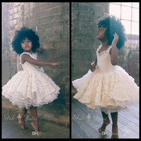 2016 милый малыши мяч платья белый 3d цветы цветок девочек платья колена длина короткие блестящие величины дети девушки общая вечеринка платье