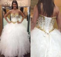 Glitter robes blanches et dorées de Quinceanera 2019 taille basque chérie cristaux perlés douce 16 robe de bal Corset Retour Prom robes de reconstitution historique