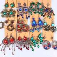 Zufällige Mischung 10 Stil 20paare / los Vintage tibetanische Silber / Bronze Harz Edelstein Drop Earings baumeln Ohrringe