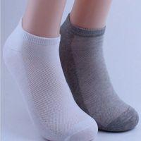 Calzini alla caviglia da uomo Calcio Summer Mesh Traspirante calzini da barca sottili per maschili solido bianco nero grigio colori 3D uomini sportivi calzini 15 paia