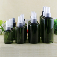 30 unids 50 ml / 100 ml botellas de PET de color verde oscuro con collar de oro contenedor de la bomba de pulverización de alto grado botella de spray de plástico vacío perfume recargable