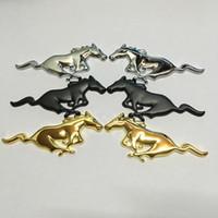 2 pcs carro metal cavalo logotipo emblem emblema etiqueta tamanho 75x28 (+/- 1mm) cor prata / preto / ouro apto para os EUA carros ford series mustang e outros modelos