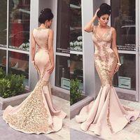 Meerjungfrau Formale Abendkleider Mit Gold Spitze Applique 2019 Sexy V-ausschnitt Sweep Zug Lange Formale Frauen Abendkleider Promi Kleider