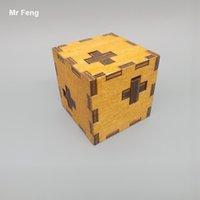 Enigma clássico de madeira de fechamento de Kong Ming dos brinquedos da caixa transversal para o jogo das crianças